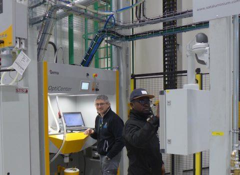Produktionen vid den nya vertikallinjen för pulverlackering har påbörjats